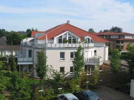 Moderne Penthouse-Wohnung mit gr. Balkon und Fahrstuhl - Bereich St.-Josef