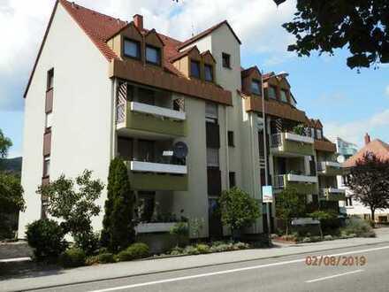1 Zi-Appartement, zentrumsnah, Aufzug, Tiefgarage, Balkon, gepflegte Wohnanlage