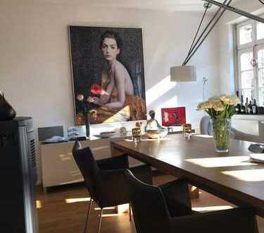 Exklusive 4-Zimmer Maisonette-Wohnung in Düsseldorf-Oberkassel