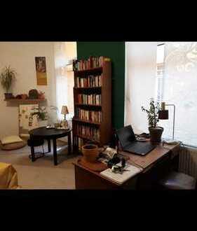 Großes Zimmer in WG Alte Bürger