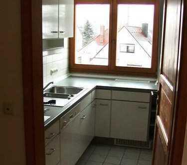 Terrasse und Einbauküche inklusive: tolle 3-Zimmer-Whg in Nürnberg