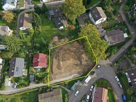 Großes Baugrundstück mit Baugenehmigung für 650,00 - 680,00 m² Wohnfläche, PROVISIONSFREI