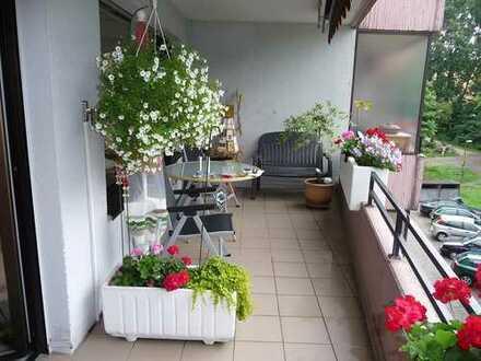 69 m², 2 Zimmer. Mit großem Sonnenseite Balkon am Westfalenpark. Provisionsfrei.