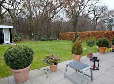Wohnen wie im Haus mit großer Terrasse und Garten!