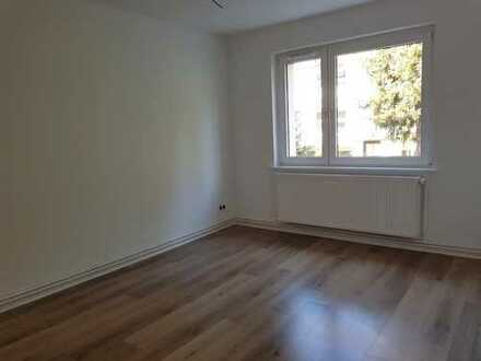 Erstbezug nach Wohnungssanierung - 3 Zi.-Erdgeschosswohnung
