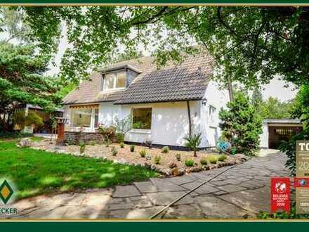 Gepflegtes Einfamilienhaus mit Garage und traumhaften Grundstück in ruhiger Lage von Bonn - Gronau