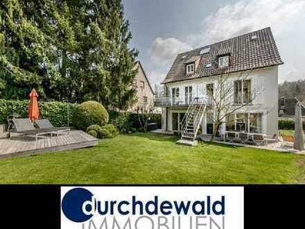Charmantes, exklusives Architektenhaus mit schönem Garten in ruhiger Wohnlage
