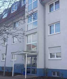 Mieter für 2ZKBB Dachgeschosswohnung gesucht!