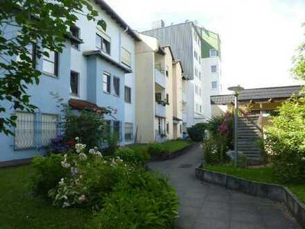 Großzügige 2-Zimmer-Wohnung - zentrale Lage - barrierefrei