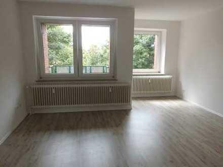 *3 - Zimmerwohnung mit Aussicht über Aurich ! Sanierung gerade abgeschlossen ! *