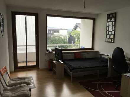 Schöne, geräumige ein Zimmer Wohnung in Pforzheim, Südweststadt