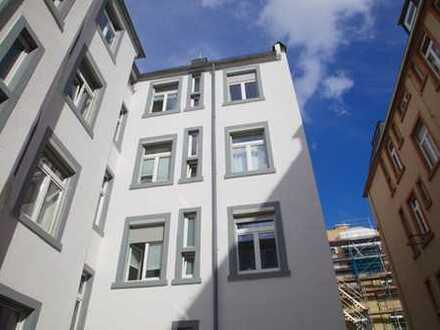 4-Sterne Hotelkomfort in sanierter Altbau-Dachgeschoßwohnung voll möbliert in Bornheim-Mitte