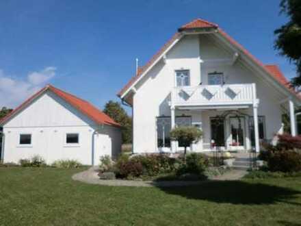 exklusives EFH mit Doppelgarage im Allgäu, sehr gepflegter großer Garten, ruhige Wohnlage