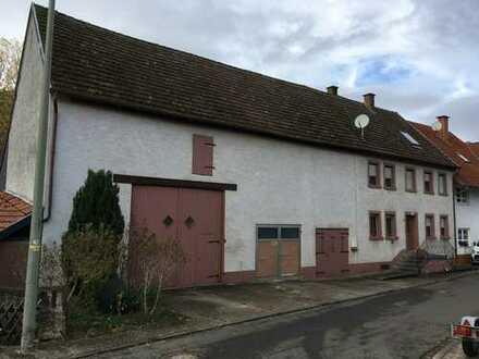 Wohnhaus mit großer Scheune und Garage, Oberweiler-Tiefenbach