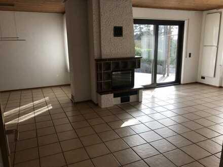 KL - Mehlbach, 4 ZKB, Terrasse, Kamin, Garage, Gäste WC, Einbauküche