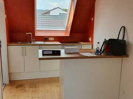Zentrales, ruhiges und gehobenes Appartement mit Loggia