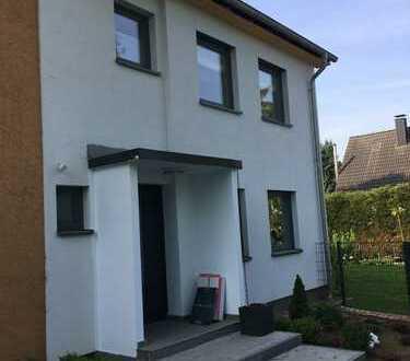 Schönes Haus mit fünf Zimmern in Dortmund, Brackel