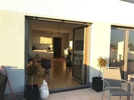 Drei Zimmer Penthouse-Wohnung in Ulm, Böfingen
