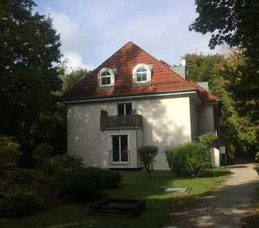 Gemütliche 2-Zimmer-Wohnung mit Garten im schönen, grünen Harlaching *Isarnähe*