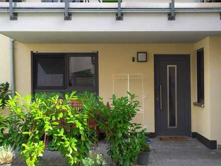 Wunderschöne 3- Zimmer Wohnung mit Terrasse