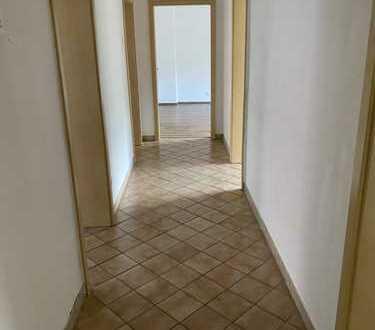 Preiswerte, gepflegte 4-Zimmer-Wohnung in Hagen