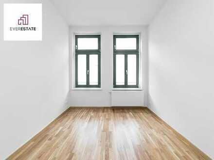 Provisionsfrei und frisch renoviert: 3-Zimmer-Altbauwohnung mit hofseitigem Balkon