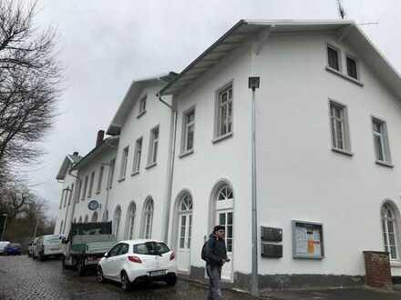 Gewerbefläche im Bahnhof Schiersten incl.2ZKB Wohnung zu vermieten!!
