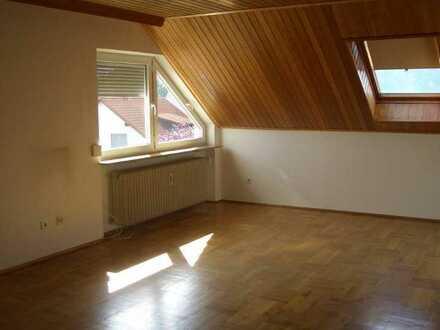 Geräumige zwei Zimmer Wohnung in grüner Lage in Nürnberg, Eibach