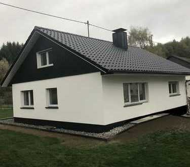 """Einfamilienhaus in top Lage """"Erstbezug nach Renovierung"""""""