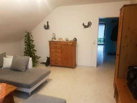 Helle 3-Zimmer-OG-Wohnung Süd- Balkon im 2-Fam. Haus v. privat