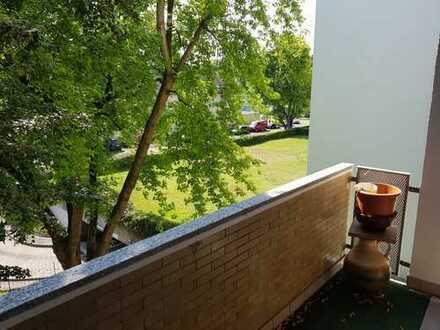 Möblierte Wohnung mit schöner Aussicht ins Grüne