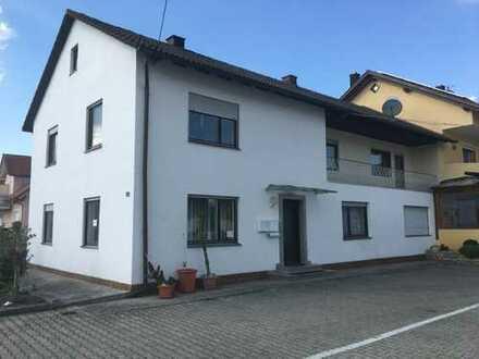 Geräumiges Haus mitten in Karlskron