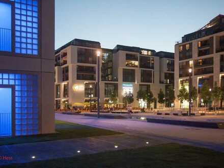 Wohnung der Extraklasse in bester City-Lage mit Parkett und Einbauküche