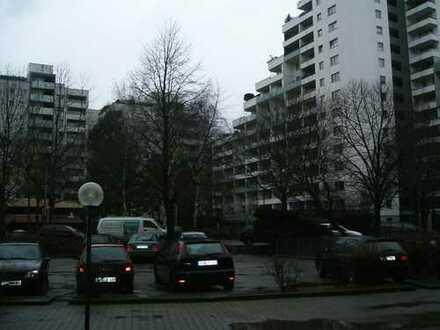 Kapitalanleger aufgepasst: Großzügige 4-Zimmer-ETW im Kölner Westen steht zum Verkauf