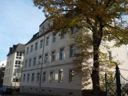 Vermietete Zwei-Raum-Wohnung, 68 m², Hochparterre, ruhige Nebenstraße im Chemnitzer Westen