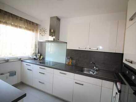 TOP-Sanierte 3,5 Zimmer Wohnung in ruhiger Lage von Markgröningen