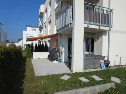 Sonnige und komplett ausgestattete 3,5 Zimmer-Wohnung mit 2 TG-Stellplätzen