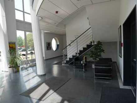 Ansprechende, helle Bürofläche in repräsentativem Gewerbepark