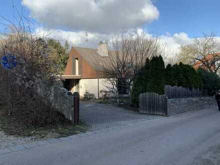 Einfamilienhaus mit Entwicklungspotenzial - Am Fuße des Dreifaltigkeitsbergs