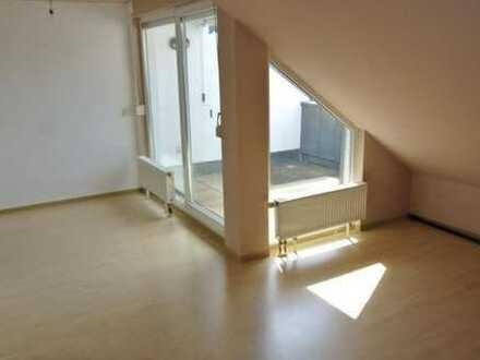 Ebersbach: Moderne 2-Zimmer-DG-Wohnung