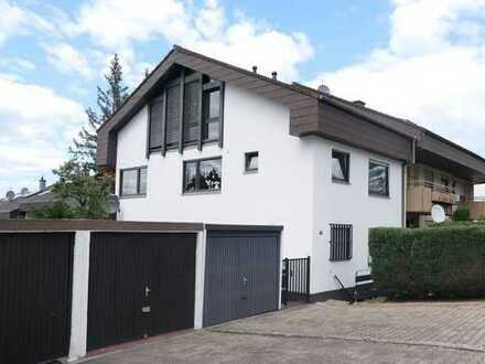 PF-Südstadt: Großzügiges Wohnhaus in guter Wohnlage mit herrlicher Sicht ins Stadtgebiet