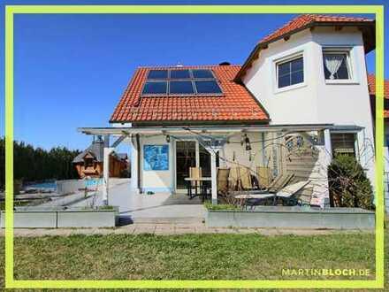 Einfamilienhaus mit Pool und Saunahaus in guter Lage von Thannhausen