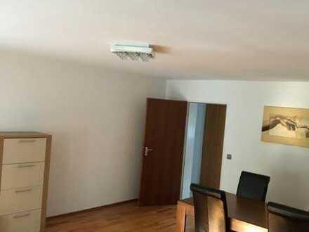 Erstbezug: stilvolle 2-Zimmer-Wohnung mit Einbauküche und Balkon in Stuttgart