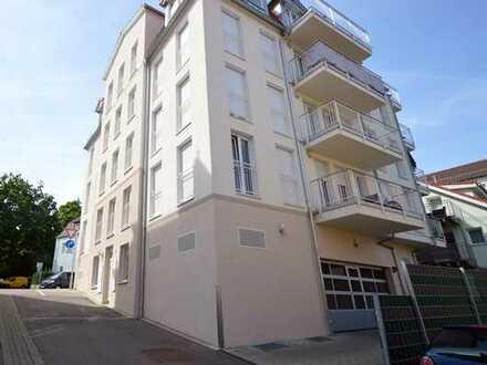 Komfortable 3-Zimmer-Wohnung mit 2 Balkone u. TG-Stellpl. in GD-Nähe Zentrum