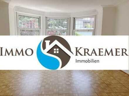 Großzügige 4 Zimmer-Wohnung in herrschaftlicher Villa zu vermieten TOP-LAGE Oststadt