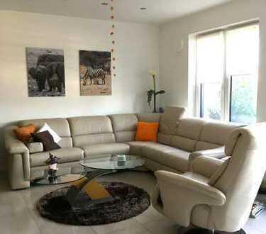 Exklusive 3-Zimmer-Penthouse-Wohnung in Augsburg