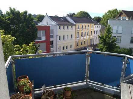 Über den Dächern von Bonn-Endenich: Sonnige Maisonette-Wohnung mit Balkon
