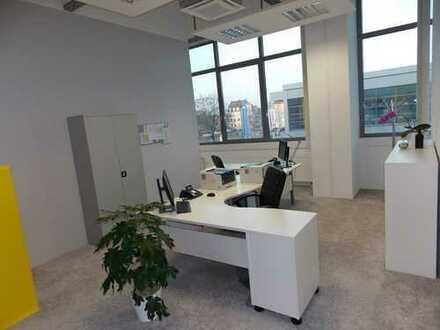 Lichtdurchflutete moderne Büroräumlichkeiten im TRIWO Technopark