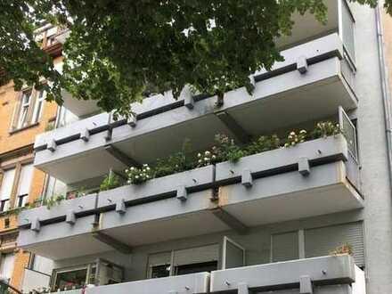 Top 2 Zi.-Eigentumswohnung mit Neckarblick - hochwertig Ausstattung mit Balkon u. Wintergarten!