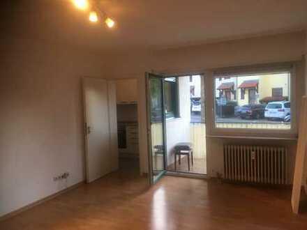 Schöne, kleine 1 Zimmer/Küche/Bad Wohnung mit Balkon in 69190 Walldorf